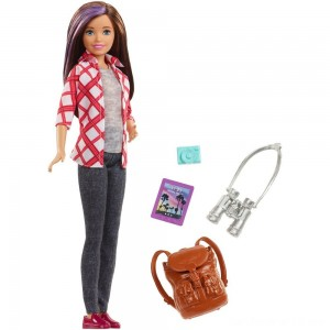 Black Friday - Barbie Travel Skipper Doll