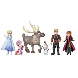 Disney Frozen 2 Adventure Collection, 5 Small Dolls from Frozen 2