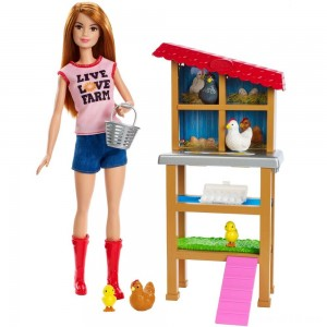 Black Friday - Barbie Chicken Farmer Doll & Playset