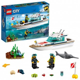 Black Friday - LEGO City Diving Yacht 60221