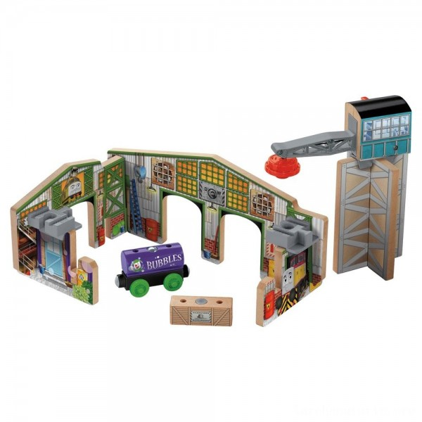 Black Friday - Fisher-Price Thomas & Friends Wooden Railway Creative Junction Slot and Build