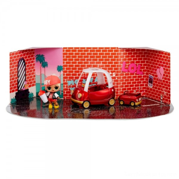 Black Friday - L.O.L. Surprise! Furniture with Cozy Coupe & M.C. Swag